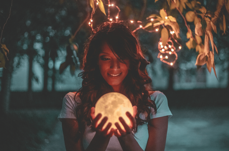 Best Levitating Moon Lamps